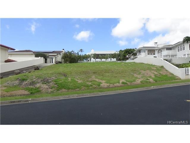 Photo of 912 Ikena Cir, Honolulu, HI 96821